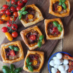 Sun-dried Tomato Pesto & Mozzarella Tarts are a perfect midweek/school day dinner. #pesto #puffpastry