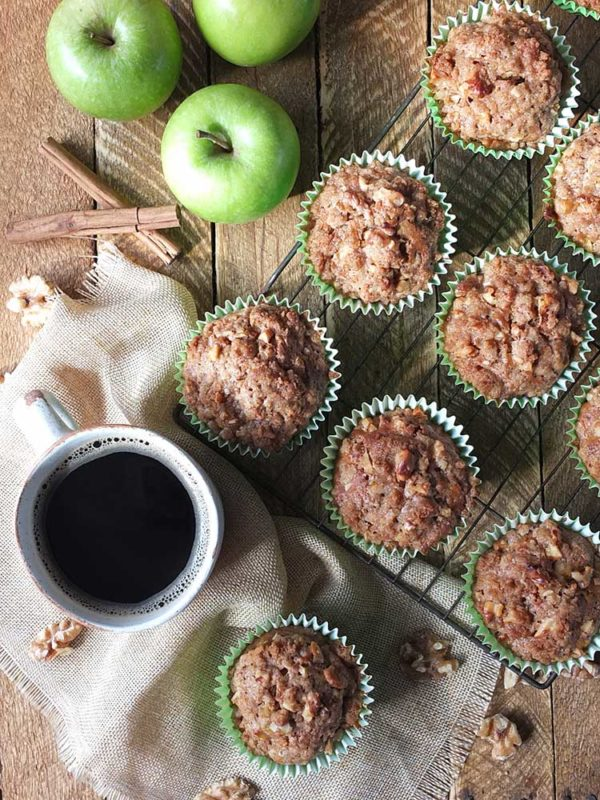 Apple Muffins with Cinnamon-Walnut Streusel Topping