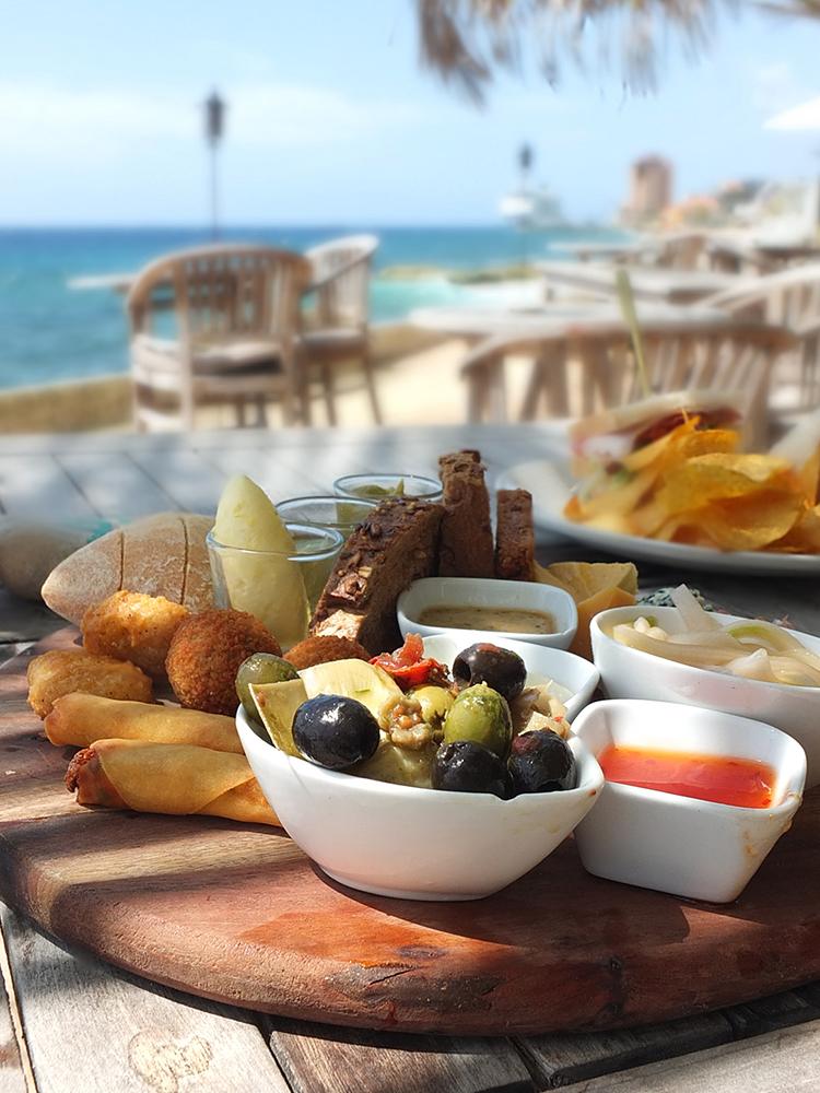 Scuba Lodge lunch platter