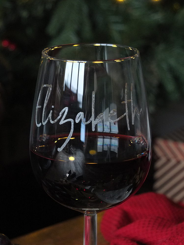 Amazon Homemade personalised wine glass