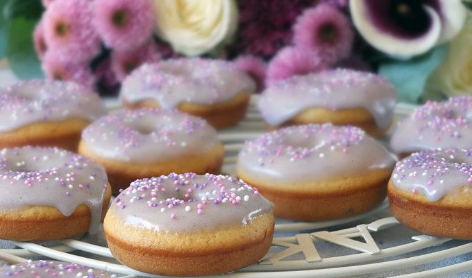 Lemon and Lavender Baked Doughnuts